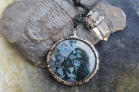 TALISMAN MECHOVÝ - cínovaný náhrdelník achát, citrín